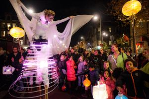 STILTLIFE StreeTTheater Luminous Angels